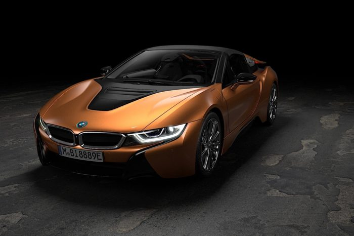 Rent BMW i8 Roadster Dubai